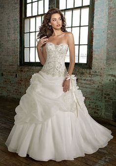 Delicate Dropped A line Organza Sweetheart Chapel Train Bridal Dress - 1300251111B - US$233.79 - BellasDress