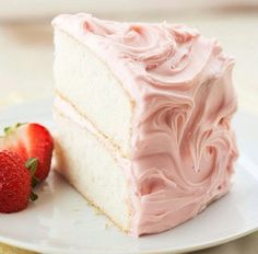 Sweet Champagne Cake with Fresh Strawberries