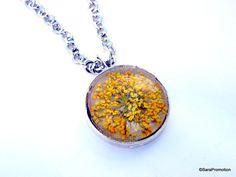 Silberkette mit echter Trockenblüte gelb/gold von Sara´s Charms auf DaWanda.com