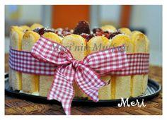 MALZEMELER     2 paket kedi dili   1 adet hazır kek tabanı (evde de hazırlanabilir)   2 paket vanilyalı puding   1 litre süt   H...