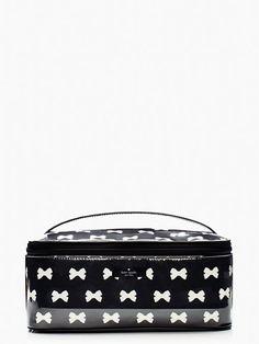 kate Spade tuxedo court large colin cosmetic bag #katespade #CosmeticBags