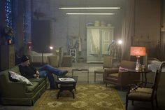 David Fincher on set. Stage Design, Set Design, Movie Photo, Picture Photo, Casa Top, David Fincher, Cinematic Photography, Cinematography, Design Inspiration