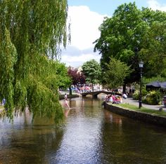Bourton on the Water    ....♥ this village!