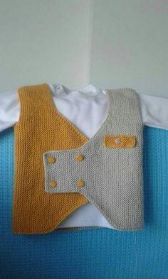 New Crochet Hat Children Baby Dresses Ideas Pull Crochet, Knit Crochet, Crochet Hats, Baby Boy Knitting Patterns, Knitting Designs, Free Knitting, Pull Bebe, Knit Vest Pattern, Baby Sweaters
