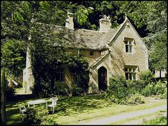 Cotswold cottage at Owlpen Manor