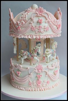 Carousel cake - I can't even imagine trying to make this cake. Could you dare to put a knife in this? Crazy Cakes, Cute Cakes, Pretty Cakes, Fancy Cakes, Gorgeous Cakes, Amazing Cakes, Fondant Cakes, Cupcake Cakes, Fondant Cake Designs