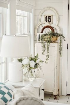 Turning Flea Market Finds Into Vintage Style Wall Art - The Cottage Market