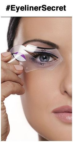 The benefits of using an eyeliner stencil to create winged liner or cat eye makeup. On board Make-up Cat Eye Makeup Tutorial, Winged Eyeliner Tutorial, Winged Liner, Winged Eyeliner Stencil, Makeup Stencils, Eyeliner For Beginners, Eyeliner Styles, Eye Liner Tricks, Tips & Tricks