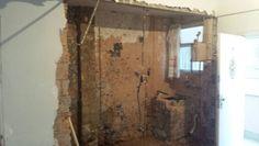 Sem parede e agora com c ozinha e sala totalmente integradas.