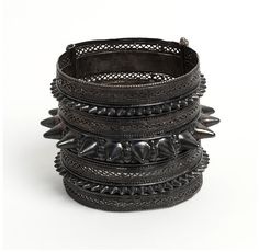 Bangle | V Search the Collections