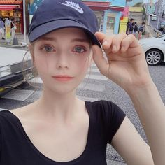 Picture could contain: one or more persons and close-up – Hot Models Mode Ulzzang, Ulzzang Girl, Cute Young Girl, Cute Girls, Look Girl, Fair Skin, Pure Beauty, Girl Face, Girl Photos