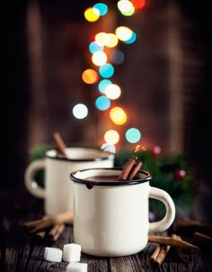Coffee Photos, Coffee Pictures, Holiday Treats, Holiday Recipes, Christmas Food Photography, Christmas Pancakes, Christmas Mood, Christmas Aesthetic, Coffee Cafe