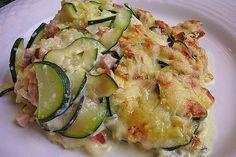 Polenta-Zucchini-Auflauf New Recipes, Cooking Recipes, Gnocchi, Vegetable Recipes, Parmesan, Potato Salad, Clean Eating, Food Porn, Food And Drink