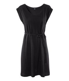 Loose-fitting Dress, knee-length dress in soft jersey fabric. Chest pocket and narrow tie belt. via HM for $12.95