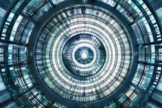 LUCA ZANIER瑞士攝影師拍攝發電廠內部的宏偉與科幻