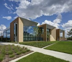 Gallery of Walsh College / Valerio Dewalt Train Associates - 26