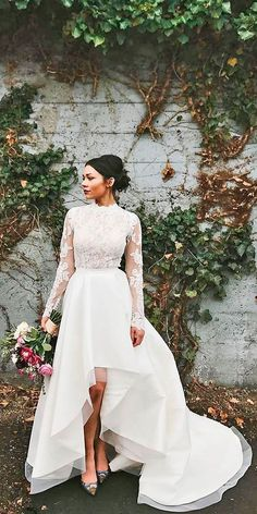 Trend Of The Year: 15 High Low Wedding Dresses ❤️ Full gallery: https://weddingdressesguide.com/high-low-wedding-dresses/