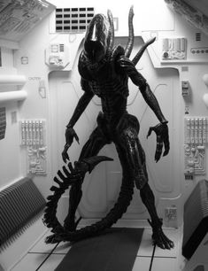 "Xenomorph from the 1979 Ridley Scott film ""Alien. Saga Alien, Alien Film, Alien Alien, Alien Art, Giger Alien, Hr Giger, Giger Art, Alien 1979, Alien Vs Predator"