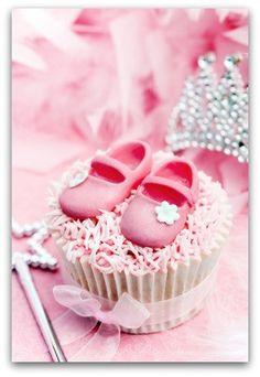 Princess Cupcakes by lynne