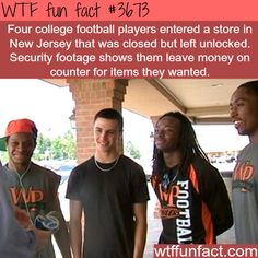 Four college football players set an example of honesty - WTF fun facts