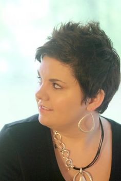Hairstyles for Plus Size Women   Hair models, Short hairstyle and 50th