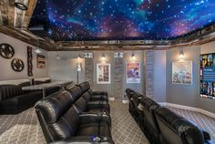 Various home theater seating options for you to discover. See more ideas concerning Home theater seats, Home theater as well as Theater seating. Home Cinema Room, Home Theater Rooms, Home Theater Seating, Home Theater Design, Theater Seats, Home Theater Basement, Best Home Theater, At Home Movie Theater, Home Theater Projectors