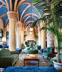 Take a look at the photo gallery of the luxurious Biltmore Hotel in Miami, Florida and make your reservation today for an unforgettable experience. Coral Gables Country Club, Villa, French Country Bedrooms, Country French, Mediterranean Architecture, Hotel Lobby, Architectural Digest, South Florida, Miami Florida