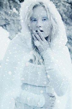 ICE QUEEN by Clara Linares Iglesias, via Behance