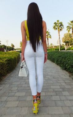 Sexy Jeans, Superenge Jeans, Sexy Outfits, Sexy Dresses, Looks Chic, Looks Style, Vaquera Sexy, Laura Badura, Girls Jeans