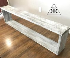 Bench Entryway benchEnd of bed bench Wall Bench, Diy Wood Bench, Diy Storage Bench, Entry Bench, White Bench Entryway, Pallet Benches, Pallet Tables, Pallet Bar, Outdoor Pallet