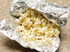 Making popcorn over a campfire will make a healthful and tasty snack while out on the trail. Be sure to use appropriate safety precautions and campground rules when laying a fire. Build your campfire in clear area away from trees and...