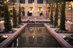This Italian villa inspired wedding in Florida took place at Bella Collina, where guests dined al fresco + danced the night away, photos by Kristen Weaver. Cheap Wedding Venues, Wedding Reception Planning, Florida Wedding Venues, Wedding Locations, Orlando Wedding Venues, Wedding Affordable, Event Planning, Villas, Pool Wedding Decorations