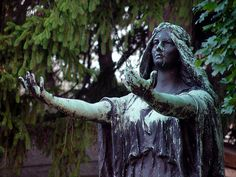 I didn't grow up in the cemetery just lived near here. Cemetery Angels, Cemetery Statues, Cemetery Headstones, Old Cemeteries, Cemetery Art, Graveyards, New York Cemetery, Sculpture Art, Sculptures