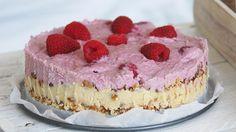 Rauwe taart met frambozen