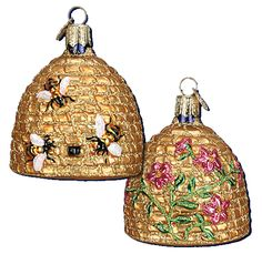 Let's start a new tradition this year - a Bee Tree, nothing but bee-related ornaments! DH will love this tree in his office. Bee Skep Ornament | Old World Christmas Ornaments