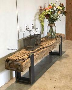 Industrieel tv meubel gemaakt van een spoorbiels. Kijk voor meer info even op onze website! Boomstamwinkel: voor een puur en natuurlijk interieur!