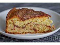 Mõnus keeksilaadne kook, kus koogi keskel ja peal on kaneelisuhkrukiht. Fotol olev kook on küpsetatud 24 cm koogivormis, aga võib kasutada ka suuremat keeksivormi (nn leivavormi).
