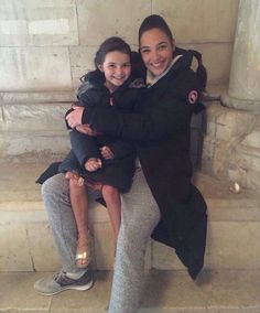 Gal Gadot and Lilly Aspell as young Diana Prince On the set of «Wonder Woman»