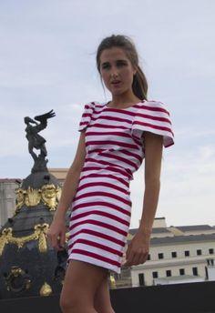 Vestido Rojo oscuro  Vestido de Pique en rayas rojas y blancas  blancaspina , Primavera-Verano 2012. En el armario de rosa246661 desde el 4-6-2012
