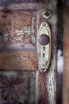 Beautiful chippy painted door and hardware - via Holiday...with Matthew Mead: Part Two...and Holiday Workshops!