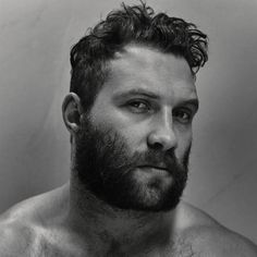 Jai Courtney Goes Shirtless For 'Interview' Magazine - See The Pics Here!: Photo Jai Courtney goes shirtless and shows off his killer body in his cover feature for Interview magazine's June/July 2015 Bald Men, Hairy Men, Bearded Men, Scruffy Men, Moustache, Beard No Mustache, Beard Styles For Men, Hair And Beard Styles, Vintage Man