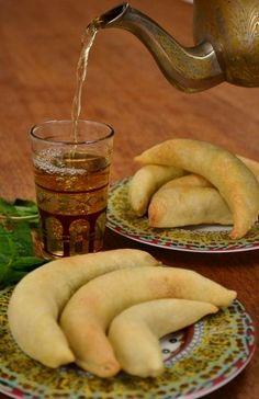 Cornes de Gazelle et thé à la menthe ...