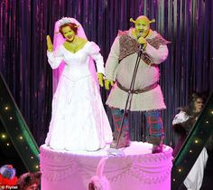 Musical Theatre Diary & Etc.: Review: Shrek: The Musical