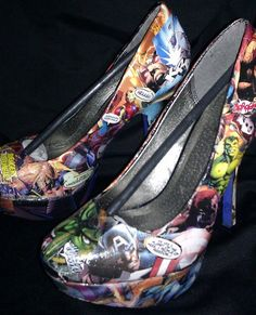 Marvel superhero shoes to add a bit of geek chic to a traditionally styled wedding. OH EM GEE!