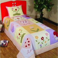 Girls Quilts, Baby Quilts, Wine Painting, Cute Quilts, Quilted Bag, Hand Embroidery Designs, Applique Quilts, Pattern Blocks, Bed Covers