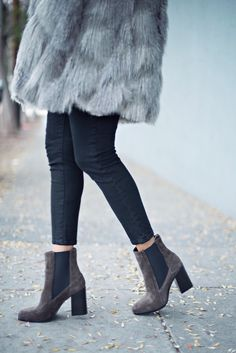 that coat tho » STYLE ME GRASIE // Tracy Reese faux fur oversized coat in grey worn with all black and brown boots. #BDG #aska #tracyreese #ootd #blogger #streetstyle