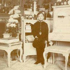 Tsarevich Alexei Nikolaevich Romanov (1904-1918).