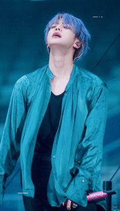 jin appreciation post,, bc he deserves the whole world 😌 Seokjin, Kim Namjoon, Kim Taehyung, Jin Kim, Bts Jin, Bts Bangtan Boy, Foto Bts, Bts Photo, Billboard Music Awards