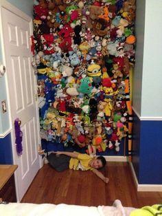 Cargo Net Stuffed Animal Storage & DIY hanging toy storage to organize the stuffed animals | Pinterest ...