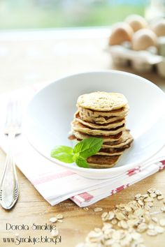 Placki z płatków owsianych Best Breakfast, Pancakes, Good Food, Food And Drink, Healthy Eating, Gluten Free, Menu, Bread, Granola